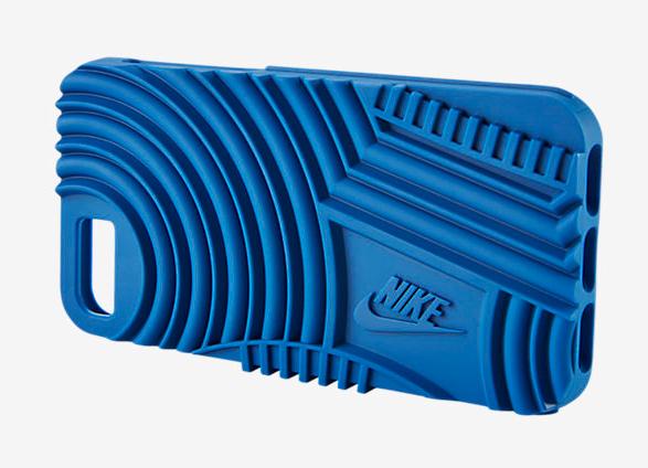 Nike выпустила чехлы Air Force 1 и Rosche для iPhone 7