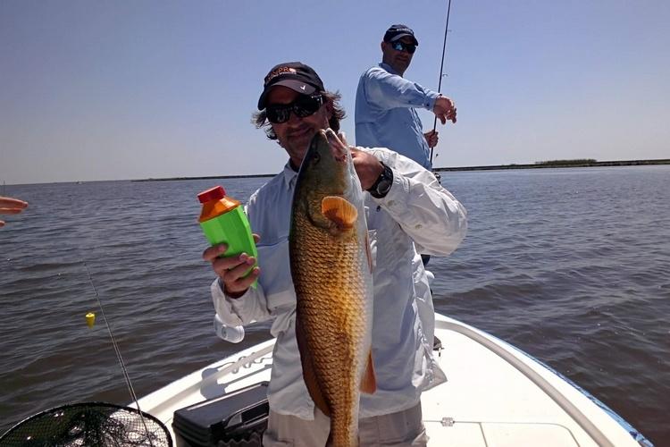 На рыбалку! Гаджеты, которые можно взять с собой на речку - 7