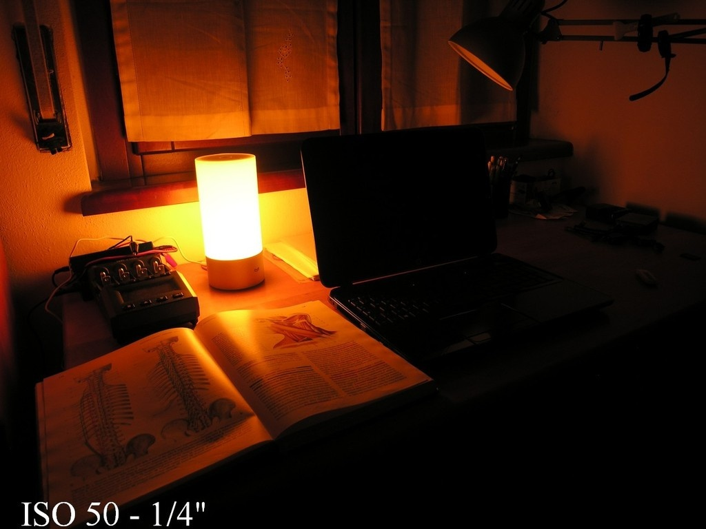 Xiaomi Mi Yeelight Bedside: обзор обзоров прикроватной лампы - 16