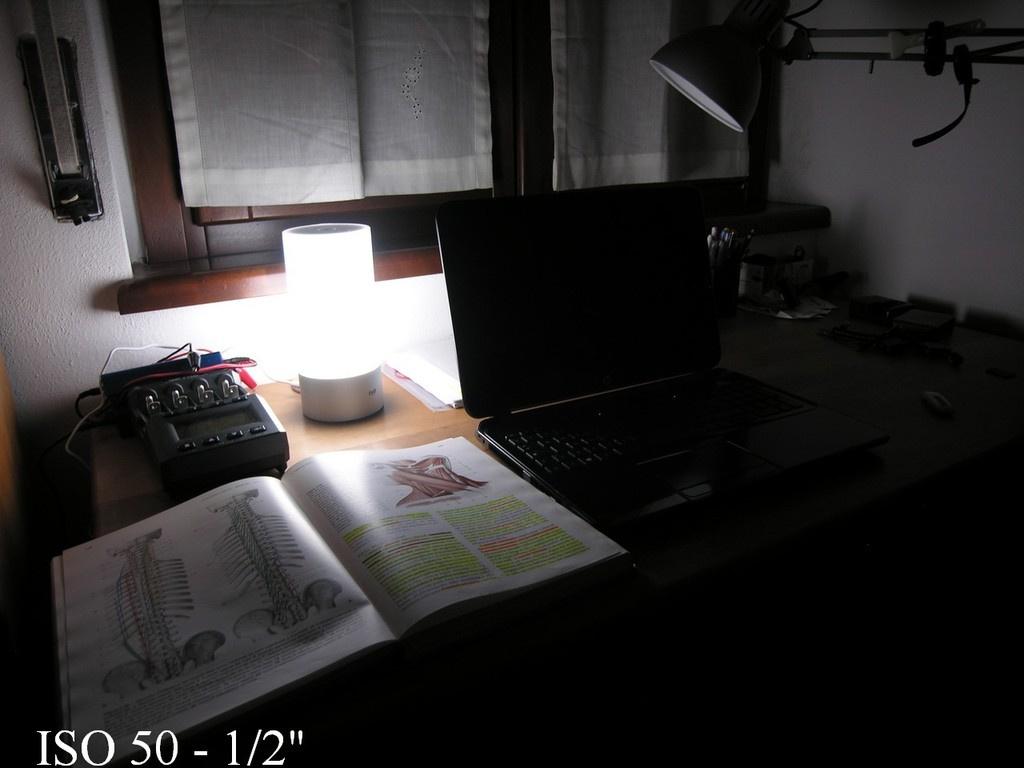 Xiaomi Mi Yeelight Bedside: обзор обзоров прикроватной лампы - 19