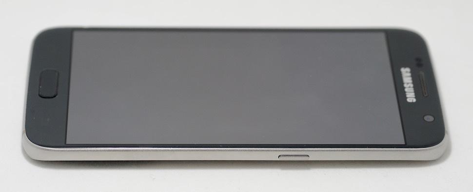 «Дайте два!» Обзор реплик Apple iPhone 7 и Samsung Galaxy S7 - 15