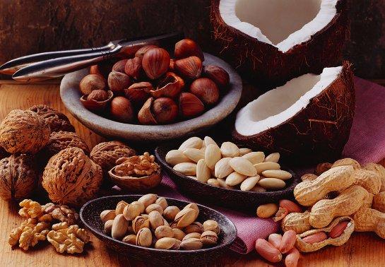 Рак прямой кишки предотвращают орехи