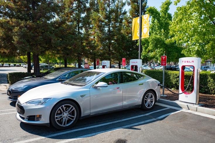 Это право сохраняется при покупке в будущем модели Model S или Model X