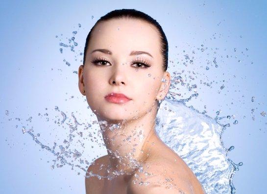 Ученые рассказали о пользе теплой воды
