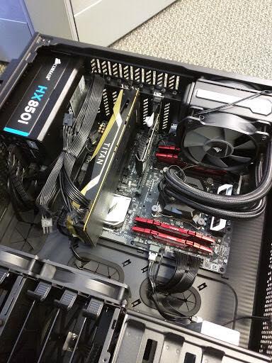 Основой карты, попавшей на снимок, может быть GPU GV100 или GV102