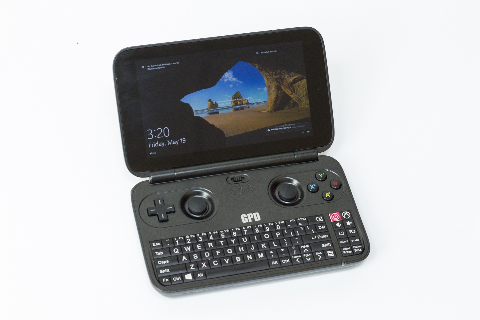 """GPD Win — исследуем миниатюрный ноутбук с диагональю 5.5"""", предназначенный для игр и эмуляторов - 1"""
