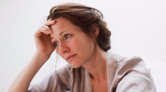 Депрессивные женщины быстрее стареют
