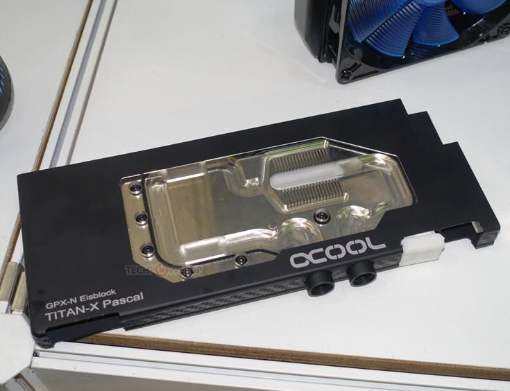 Основание водоблока Alphacool Eisblock GPX-N изготовлено из меди и никелировано