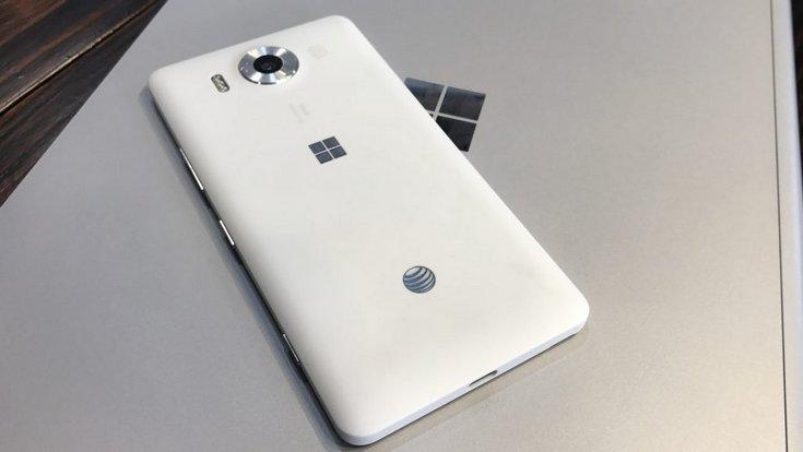 Microsoft может вернуть Windows 10 Mobile на потребительский рынок