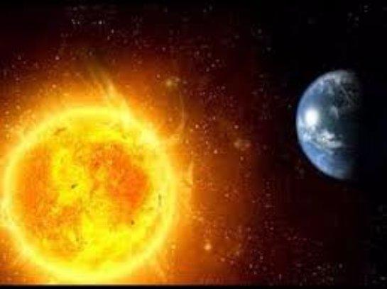Земля постепенно отходит все дальше от Солнца