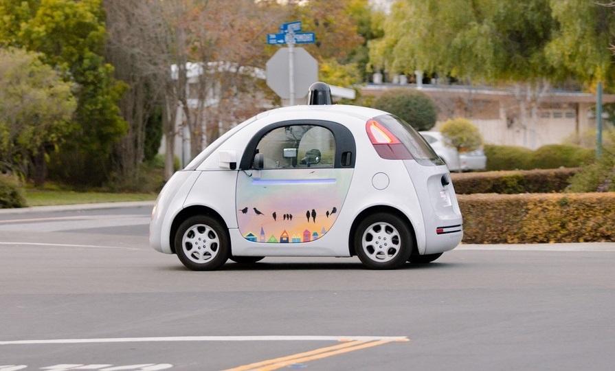 Робомобили помогут «влить» в глобальную экономику триллионы долларов США - 1