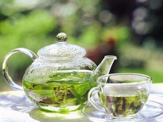 Память хорошо улучшать с помощью мятного чая