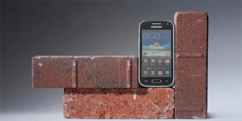 История неожиданного «окирпичивания» и восстановления одного смартфона - 1