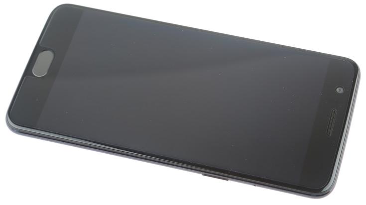 Продажи OnePlus 5 едва-едва начались, а производитель уже выпустил первое обновление ПО