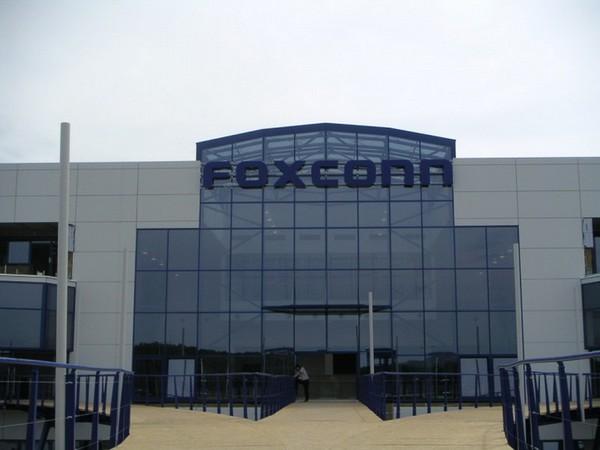 Foxconn существенно увеличит инвестиции в индийский рынок