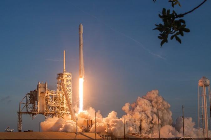 ВВС США выбирает SpaceX для пятого полета космоплана X-37B - 3