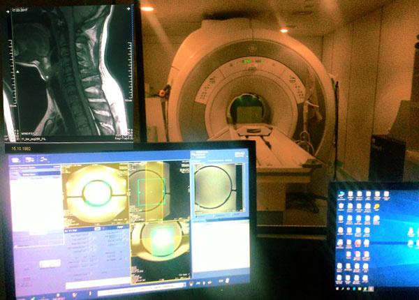 Разбираем магнитно-резонансный томограф - 1