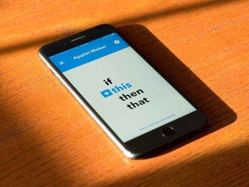 Как научить телефон варить тебе кофе и сохранять картинки без рук: обзор мешап-сервиса IFTTT - 1