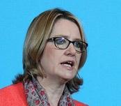 Британский министр МВД заявила, что реальным людям не нужно шифрование - 1