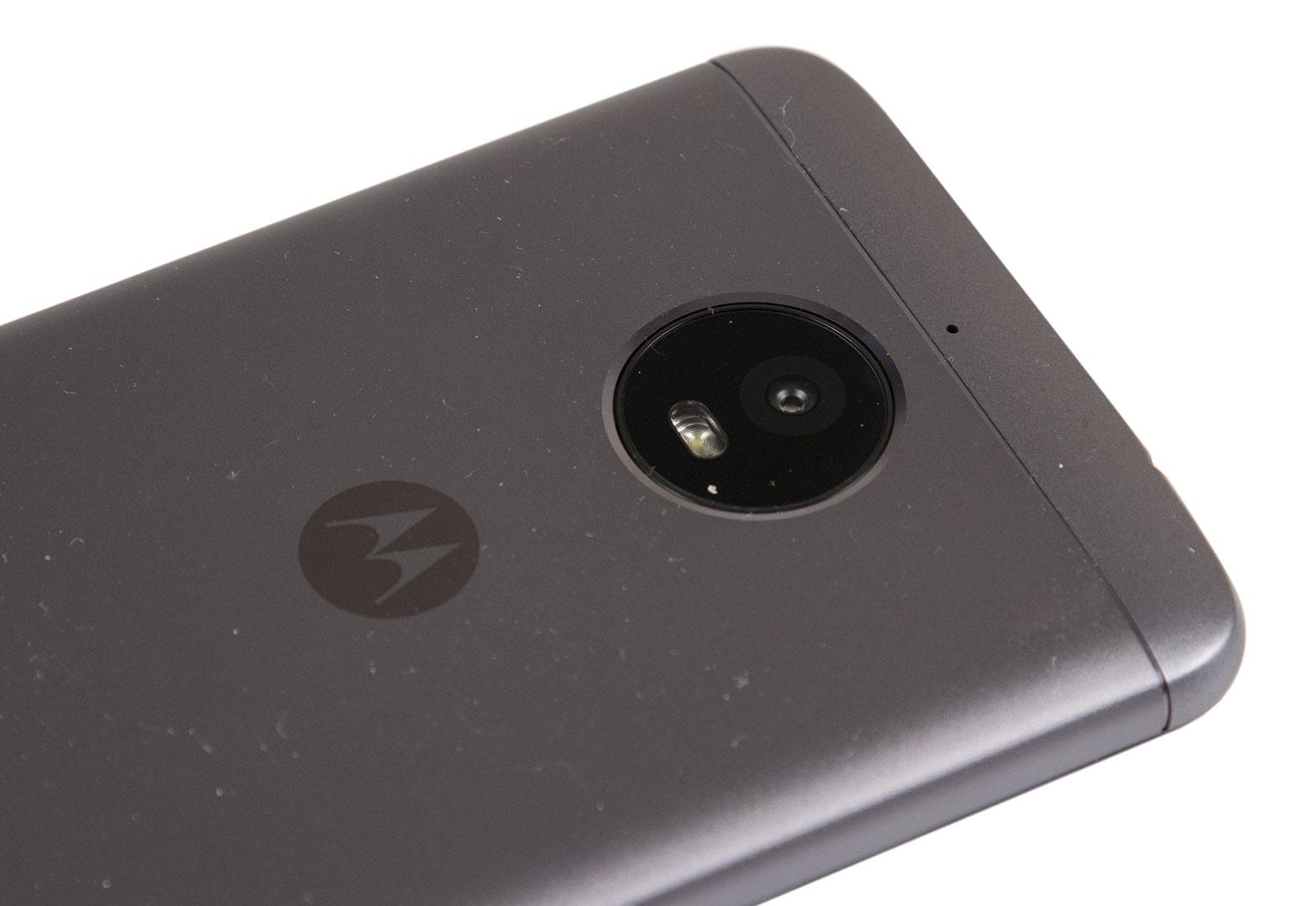 Обзор смартфона Moto E Plus: 5000 мАч в тонком корпусе - 11