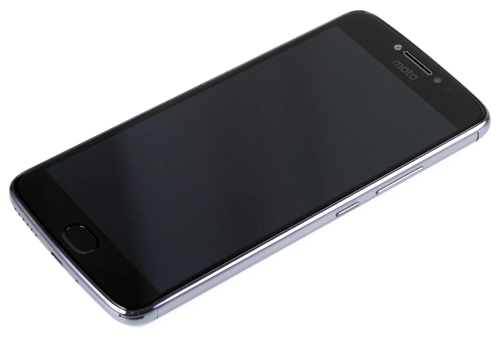 Обзор смартфона Moto E Plus: 5000 мАч в тонком корпусе - 3