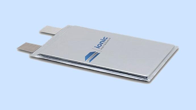 Стартап Ionic Materials изобрёл новый полимерный аккумулятор - 1