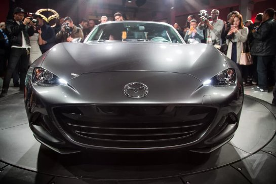 Mazda использует новую технологию дизельных двигателей