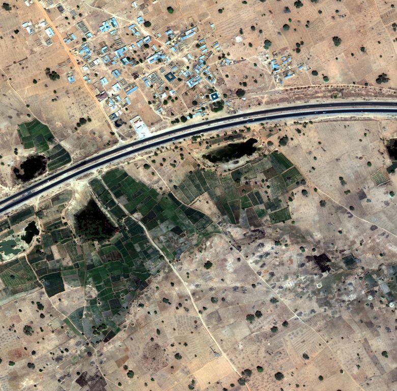 Как программно разметить спутниковую фотографию? Решение задачи Dstl Satellite Imagery Feature Detection - 13