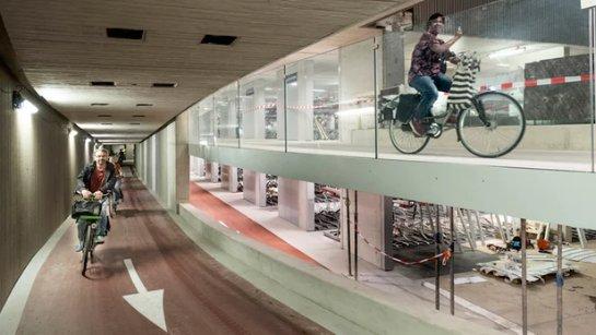 В Нидерландах откроют самый большой подземный парк в мире для велосипедов