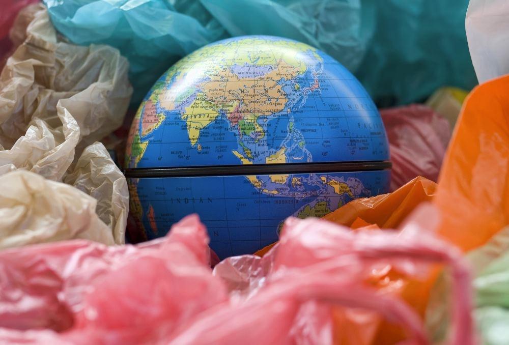 Использование пластиковых пакетов в Кении приравняли к уголовному преступлению - 1