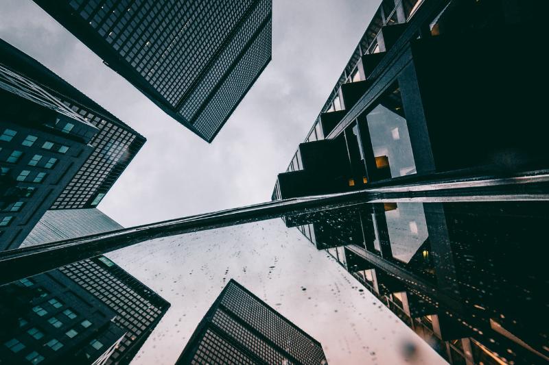«Молодые хотят покупать на бирже акции знакомых стартапов »: тренды финансов по мнению основателя сервиса Robinhood - 1