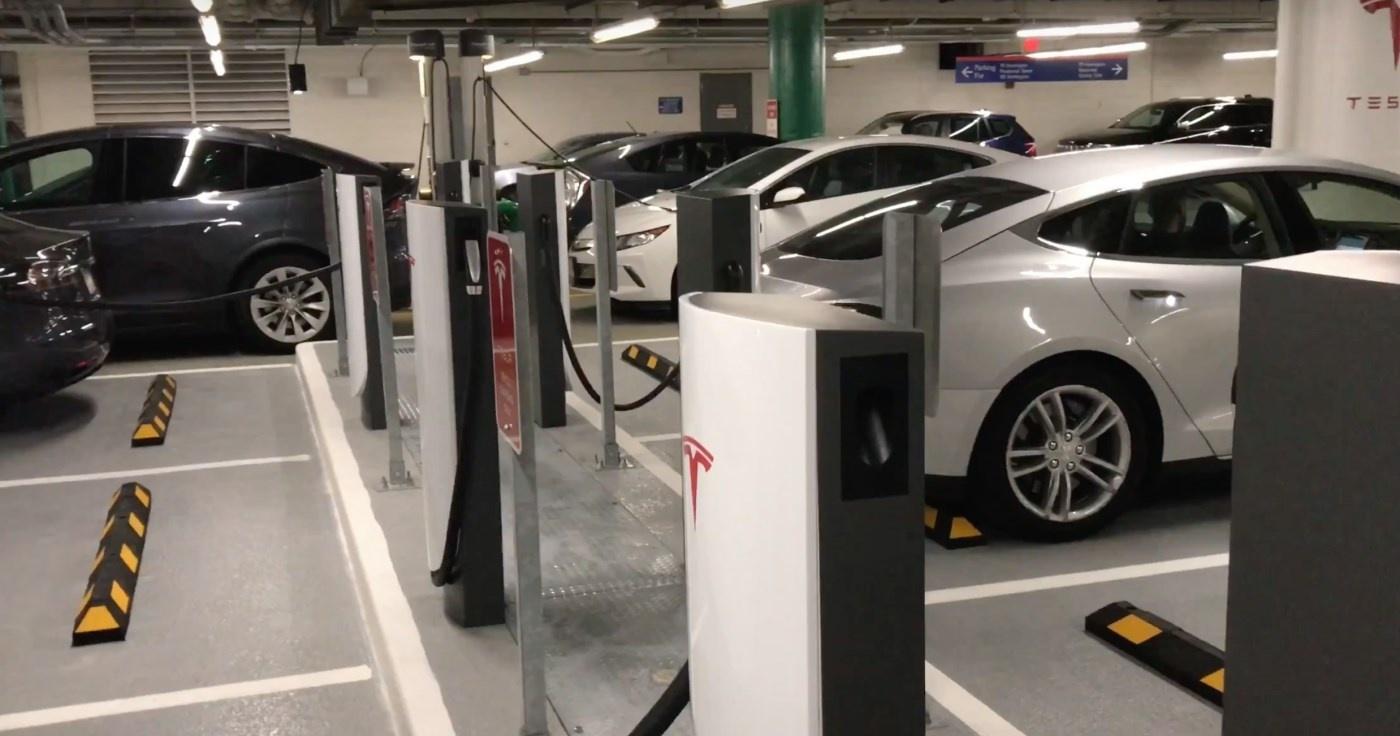Новый тип зарядных станций от Tesla - 4