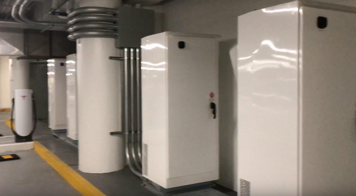 Новый тип зарядных станций от Tesla - 5