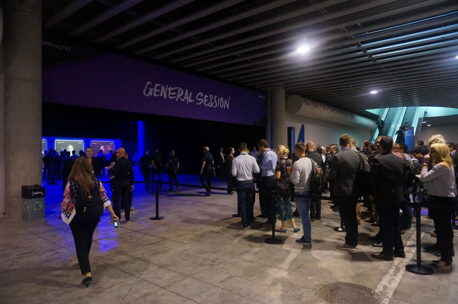 Конференция VMworld 2017 Europe. День 0 - 12