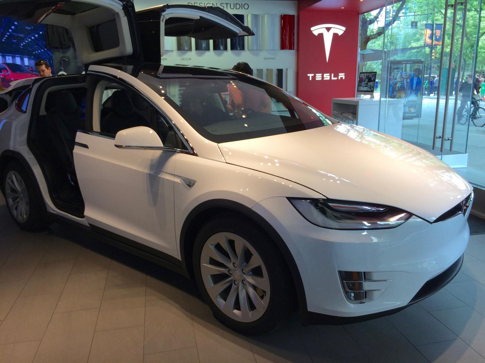 Test Drive Tesla Model X - 4