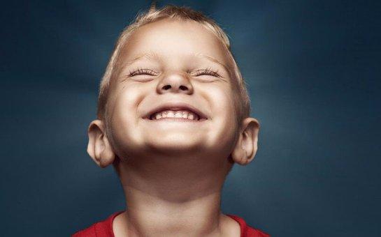 Ученые заявили, что неправильная похвала портит детей