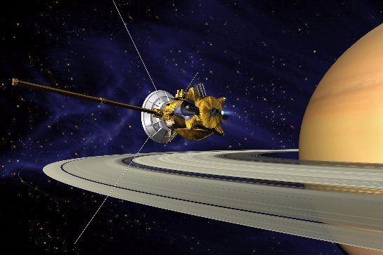 НАСА: Разломился космический аппарат Кассини