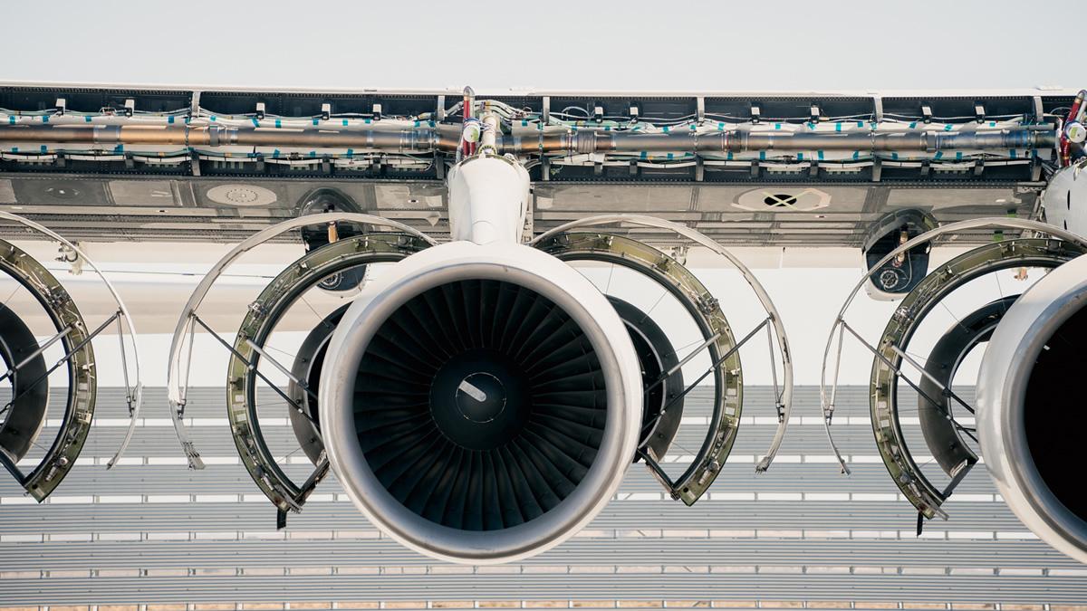 Крупнейший в мире самолёт Stratolaunch проверил двигатели и топливную систему - 2