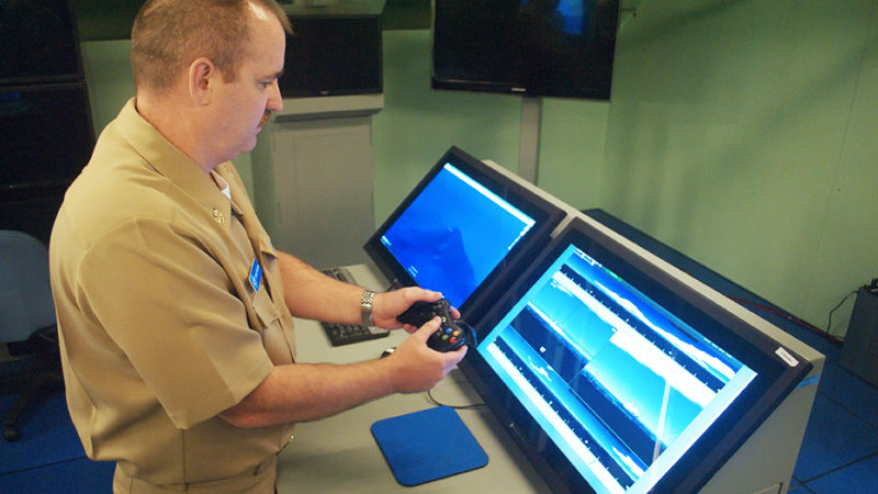 ВМС США решили использовать контроллеры от Xbox 360 вместо дорогих пультов за $38000 - 1