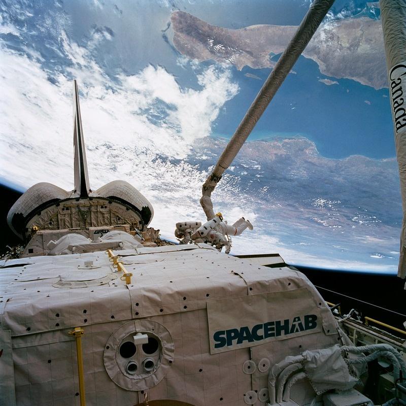 Прошлое и будущее обслуживания спутников - 11