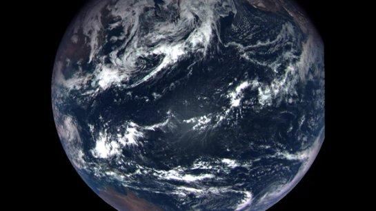Космический корабль NASIR OSIRIS-REx завершил полет с помощью гравитационной помощи с Землей