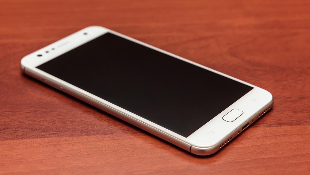 Обзор смартфона ASUS ZenFone 4 Selfie - 18