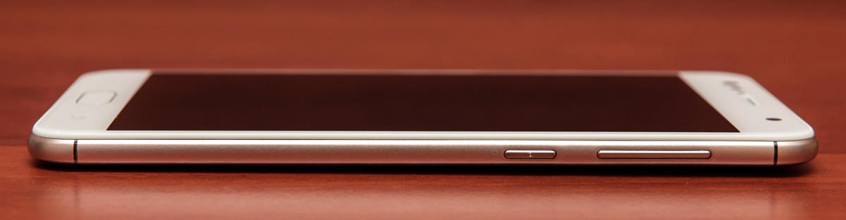 Обзор смартфона ASUS ZenFone 4 Selfie - 21
