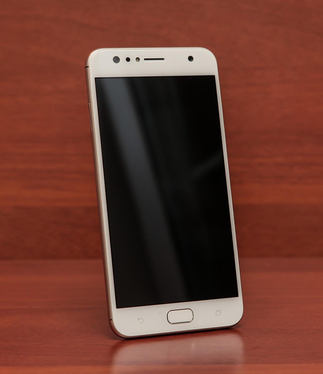 Обзор смартфона ASUS ZenFone 4 Selfie - 8