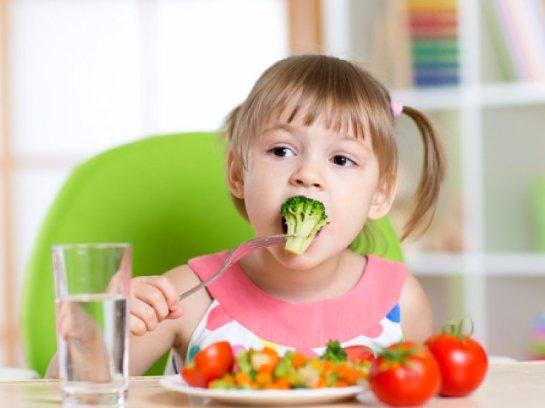Ученые рассказали, что дети вегетарианцев страдают от различных зависимостей