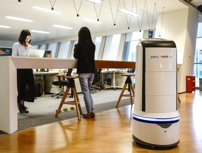 В Китае роботы скоро начнут доставлять обеды сотрудникам офисных зданий