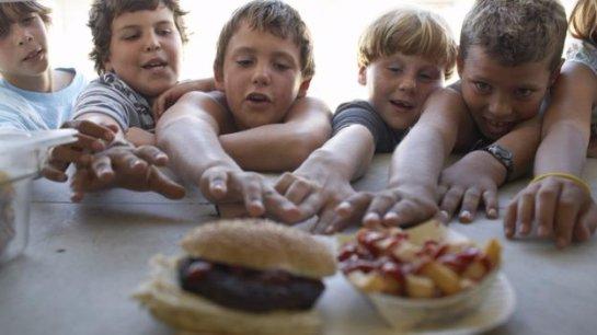Детское и подростковое ожирение распространяется по всему миру