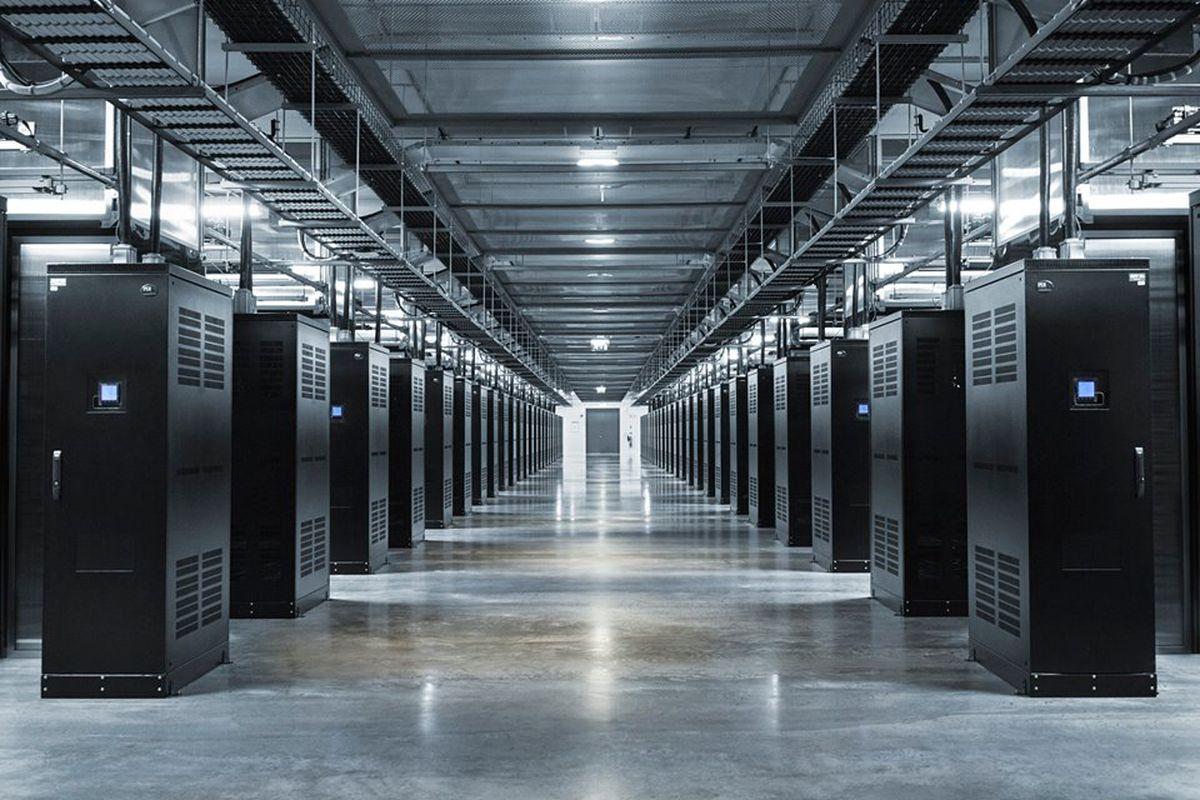 Каждому дата-центру — по виртуальной реальности - 1