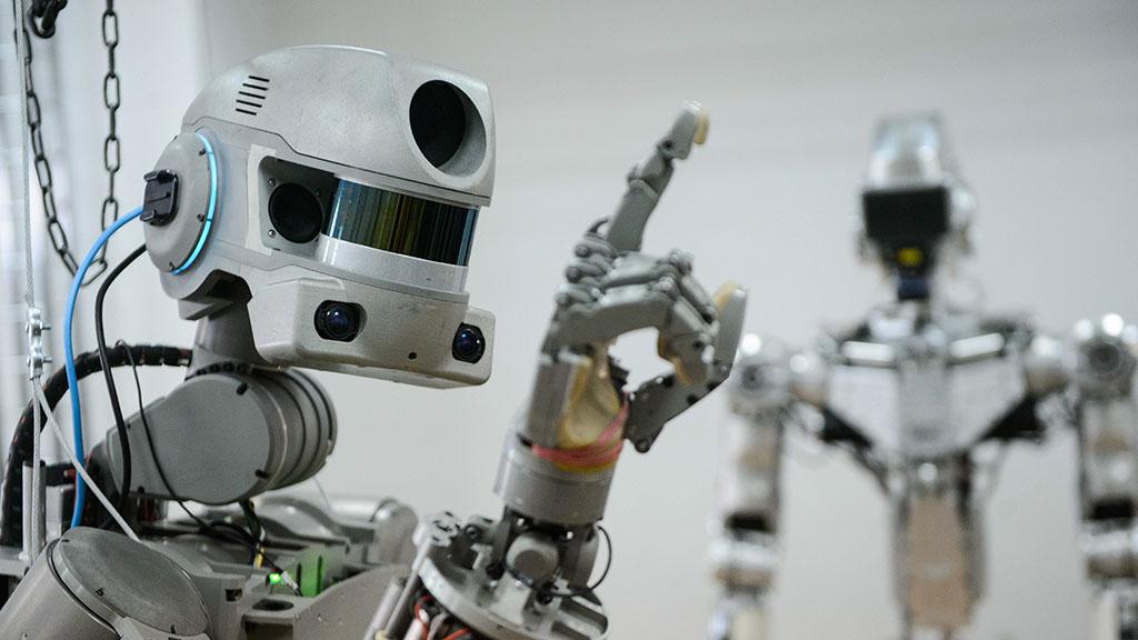 Эксперт НПО «Андроидная техника» рассказал о роботе Фёдоре и других грандиозных проектах - 1