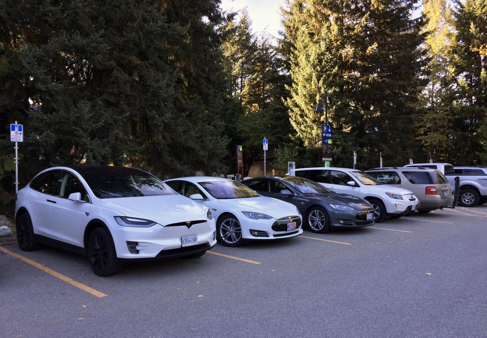 Более 50,000 зарядных станций для электромобилей в США - 1